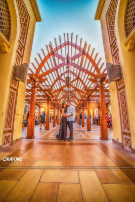 Crayons creations Couple in front of a great architecture in dubai post marriage wedding photography company Kochi Kannur Kerala